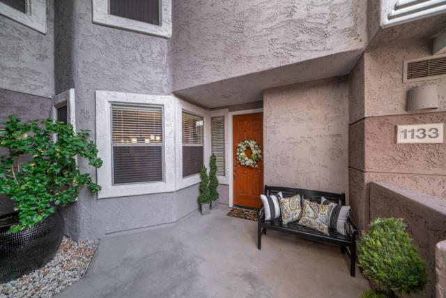 15221 N Clubgate Drive #1133, Scottsdale, AZ 85254 (MLS #5841030) :: The Daniel Montez Real Estate Group