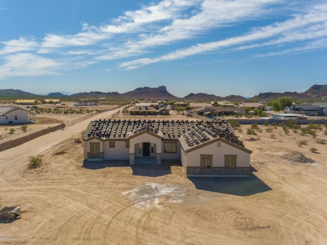 829 W Magma Road, San Tan Valley, AZ 85143 (MLS #5841455) :: Yost Realty Group at RE/MAX Casa Grande