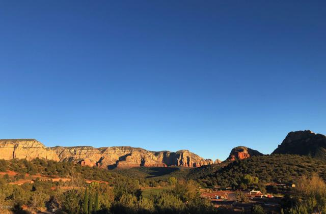 20 Paseo Del Oro, Sedona, AZ 86336 (MLS #5846198) :: RE/MAX Desert Showcase