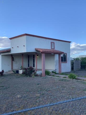 2206 E Carnation Street, Douglas, AZ 85607 (MLS #5847272) :: Openshaw Real Estate Group in partnership with The Jesse Herfel Real Estate Group