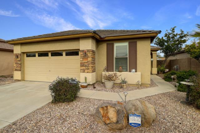 25076 W Dove Circle, Buckeye, AZ 85326 (MLS #5860408) :: Lifestyle Partners Team