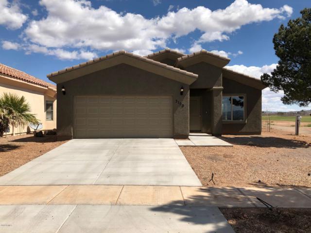 3100 Camino Perilla, Douglas, AZ 85607 (MLS #5866045) :: Yost Realty Group at RE/MAX Casa Grande