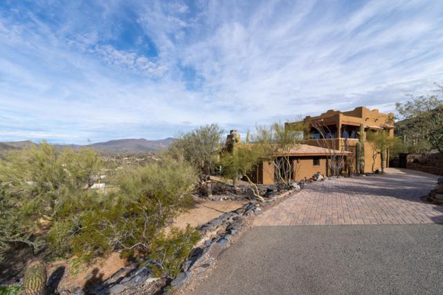 6114 E Carriage Drive, Cave Creek, AZ 85331 (MLS #5869334) :: CC & Co. Real Estate Team