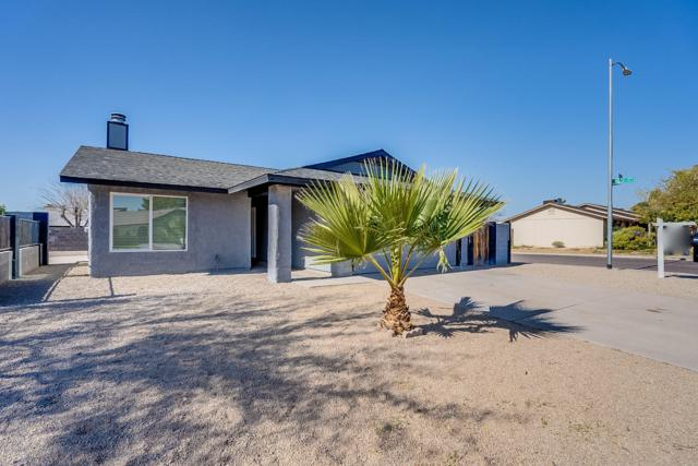 18004 N 57TH Avenue, Glendale, AZ 85308 (MLS #5876744) :: The Everest Team at My Home Group