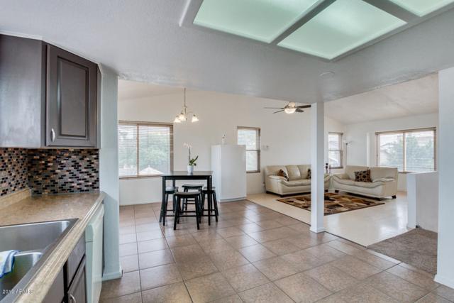 8830 W Vernon Avenue, Phoenix, AZ 85037 (MLS #5876918) :: Yost Realty Group at RE/MAX Casa Grande