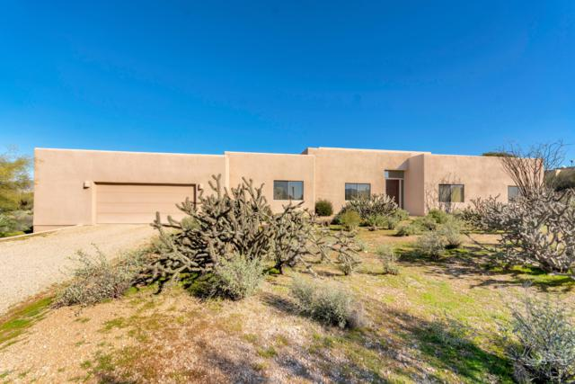 8942 E Stagecoach Pass Road, Carefree, AZ 85377 (MLS #5878858) :: The Pete Dijkstra Team