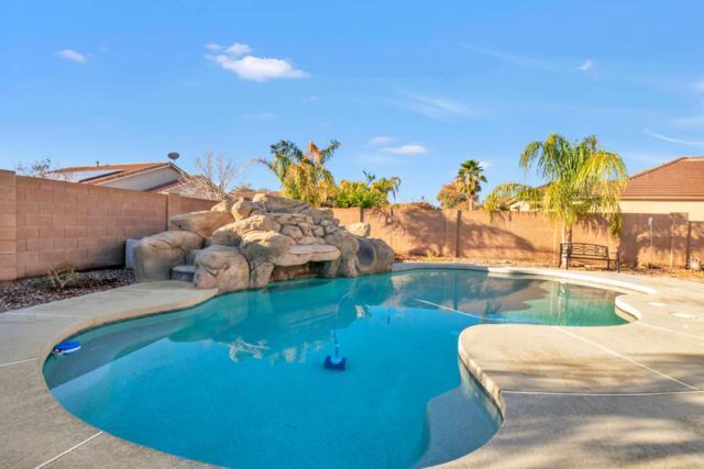 4283 E Colonial Drive, Chandler, AZ 85249 (MLS #5880355) :: The W Group