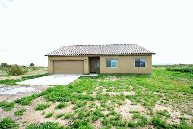 22329 W White Feather Lane, Wittmann, AZ 85361 (MLS #5883160) :: Lucido Agency