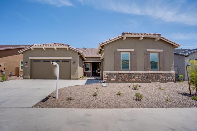 18512 W Chuckwalla Canyon Road, Goodyear, AZ 85338 (MLS #5884072) :: Riddle Realty Group - Keller Williams Arizona Realty