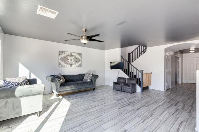 8512 W Florence Avenue, Tolleson, AZ 85353 (MLS #5884773) :: Cindy & Co at My Home Group