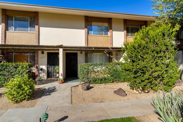 4701 N 68TH Street #206, Scottsdale, AZ 85251 (MLS #5886569) :: Yost Realty Group at RE/MAX Casa Grande