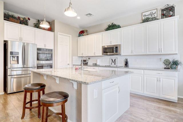 7949 W Whitehorn Trail, Peoria, AZ 85383 (MLS #5893341) :: Yost Realty Group at RE/MAX Casa Grande