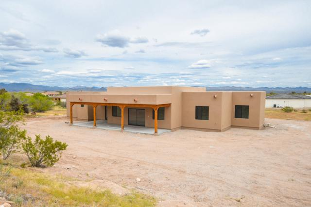 130 Shawnee Drive, Wickenburg, AZ 85390 (MLS #5893729) :: CC & Co. Real Estate Team