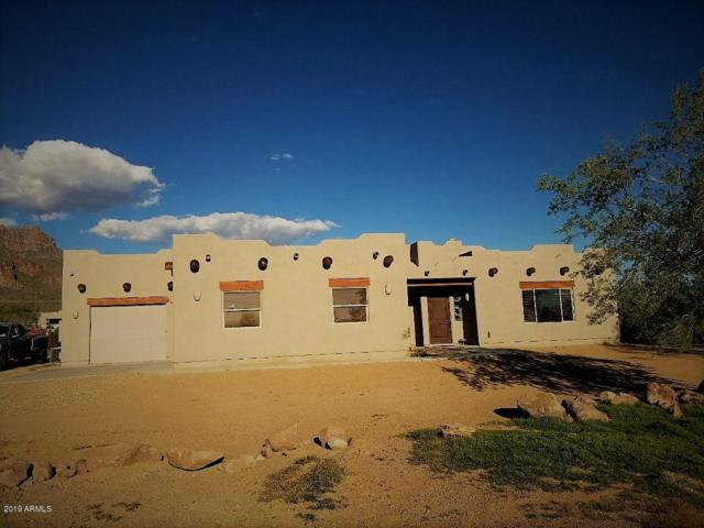 103 S Sixshooter Road, Apache Junction, AZ 85119 (MLS #5897441) :: Keller Williams Realty Phoenix