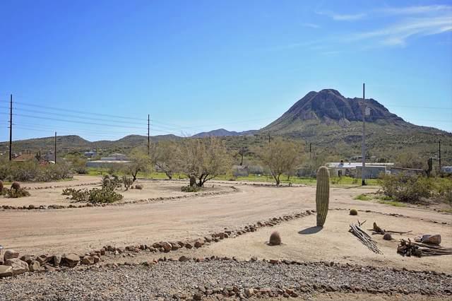 48016 N Coyote Pass Road, New River, AZ 85087 (MLS #5899106) :: Yost Realty Group at RE/MAX Casa Grande