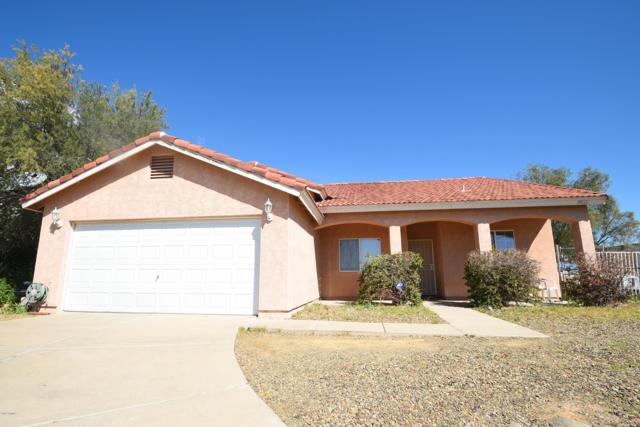 19420 E Indian Hills Drive, Black Canyon City, AZ 85324 (MLS #5899852) :: The Kenny Klaus Team