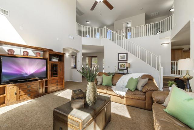 2409 E Rustling Oaks Lane, Phoenix, AZ 85024 (MLS #5903389) :: Yost Realty Group at RE/MAX Casa Grande