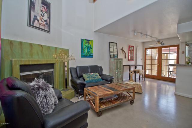 1025 E Highland Avenue #39, Phoenix, AZ 85014 (MLS #5907088) :: Yost Realty Group at RE/MAX Casa Grande