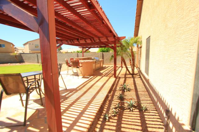 44009 W Neely Drive, Maricopa, AZ 85138 (MLS #5912988) :: Yost Realty Group at RE/MAX Casa Grande