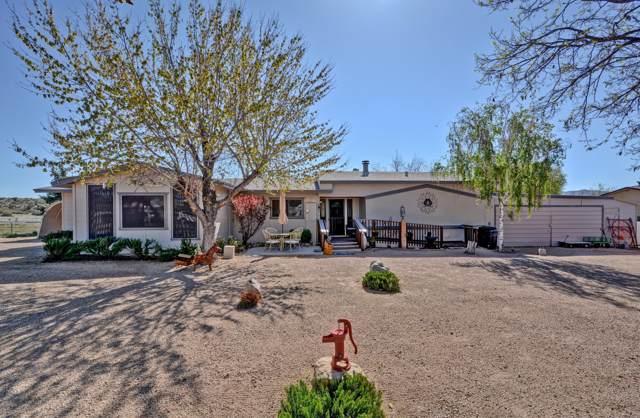 18557 S Anna Smith Road, Peeples Valley, AZ 86332 (MLS #5917070) :: Riddle Realty Group - Keller Williams Arizona Realty