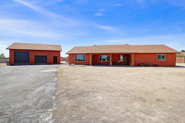 2420 S 227TH Avenue, Buckeye, AZ 85326 (MLS #5922721) :: CC & Co. Real Estate Team