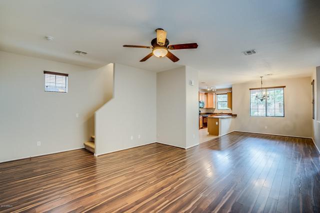 4356 E Selena Drive, Phoenix, AZ 85050 (MLS #5927602) :: CC & Co. Real Estate Team