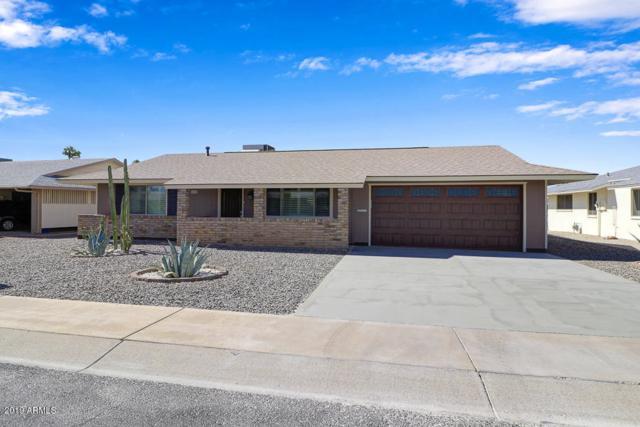 10707 W Roundelay Circle, Sun City, AZ 85351 (MLS #5928666) :: The Everest Team at My Home Group