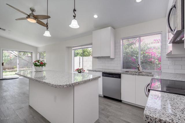 881 E Elgin Street, Chandler, AZ 85225 (MLS #5933816) :: CC & Co. Real Estate Team