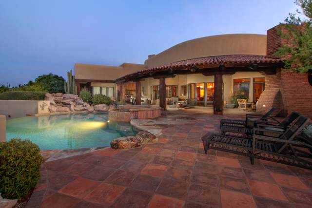 1230 W Larrea Trail, Wickenburg, AZ 85390 (MLS #5935429) :: neXGen Real Estate