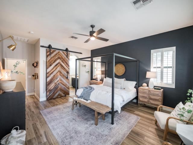 2742 W Darien Way, Phoenix, AZ 85086 (MLS #5940459) :: Arizona 1 Real Estate Team