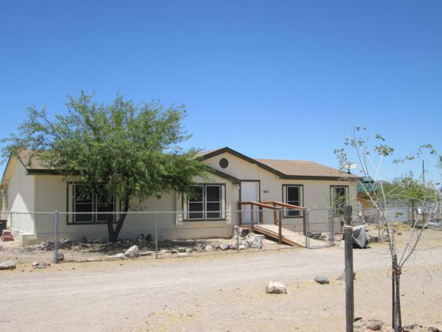 9618 S 415TH Avenue, Tonopah, AZ 85354 (MLS #5948986) :: Yost Realty Group at RE/MAX Casa Grande