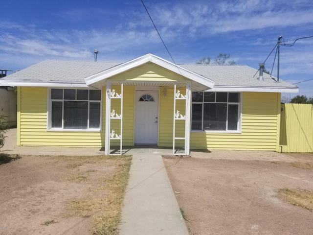 1004 N Myers Boulevard, Eloy, AZ 85131 (MLS #5951456) :: Openshaw Real Estate Group in partnership with The Jesse Herfel Real Estate Group