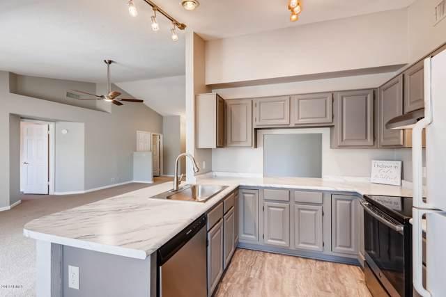 8963 W Rose Lane, Glendale, AZ 85305 (MLS #5956835) :: Brett Tanner Home Selling Team