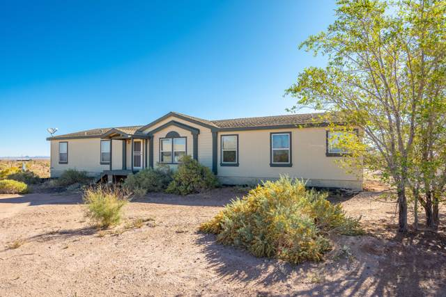 44246 Ranch Land Road, Winslow, AZ 86047 (MLS #5988705) :: Lux Home Group at  Keller Williams Realty Phoenix