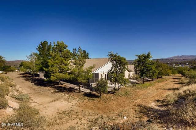 35101 S April Drive, Black Canyon City, AZ 85324 (MLS #5998730) :: Brett Tanner Home Selling Team