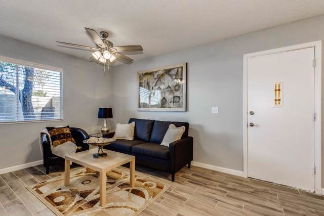 8336 N 59TH Drive, Glendale, AZ 85302 (MLS #6011862) :: Conway Real Estate