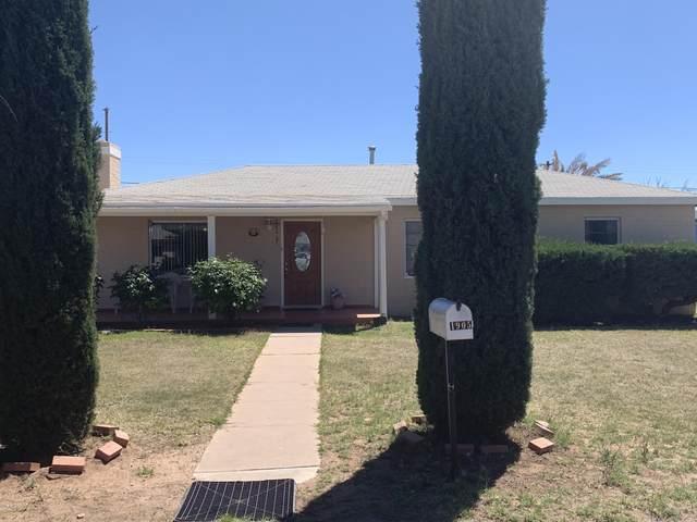 1905 E 9TH Street, Douglas, AZ 85607 (MLS #6019113) :: Brett Tanner Home Selling Team