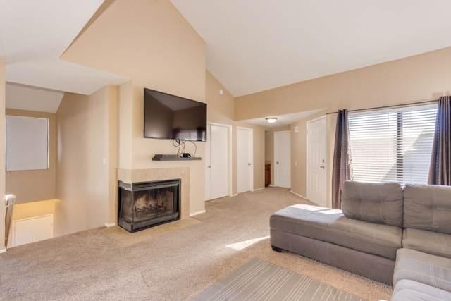9205 N 59TH Avenue #208, Glendale, AZ 85302 (MLS #6019295) :: The W Group