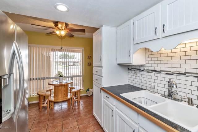 9615 N 55TH Avenue, Glendale, AZ 85302 (MLS #6030326) :: Riddle Realty Group - Keller Williams Arizona Realty