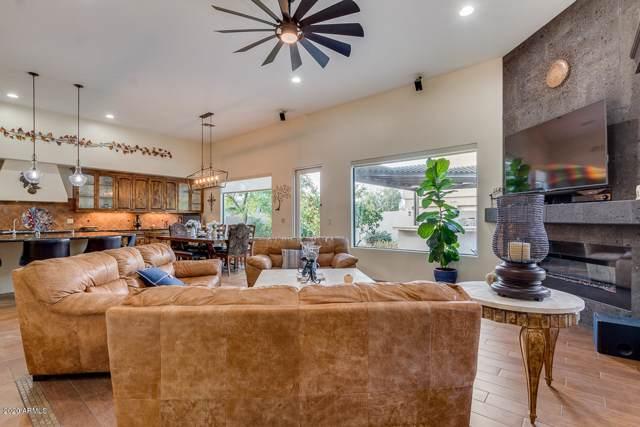 2558 E Locust Drive, Chandler, AZ 85286 (MLS #6031188) :: The Daniel Montez Real Estate Group