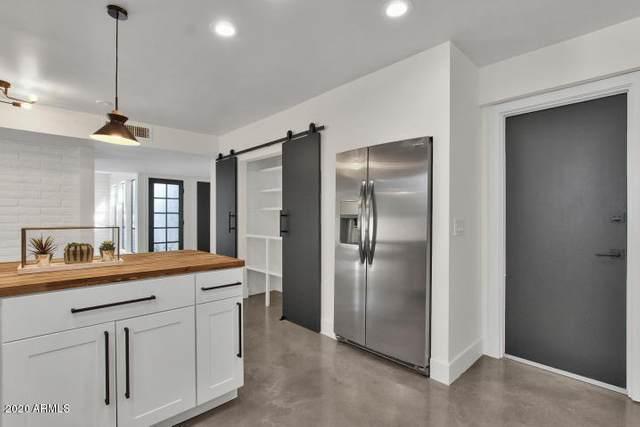 7944 E Vista Drive, Scottsdale, AZ 85250 (MLS #6035377) :: Riddle Realty Group - Keller Williams Arizona Realty