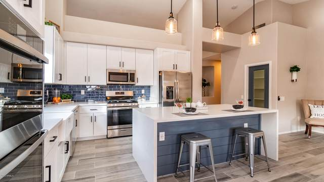 1377 E Aspen Avenue, Gilbert, AZ 85234 (MLS #6035534) :: Openshaw Real Estate Group in partnership with The Jesse Herfel Real Estate Group