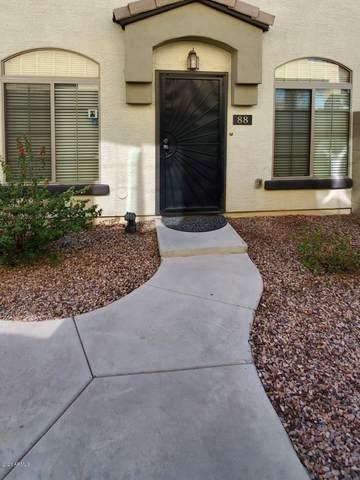 2727 N Price Road #88, Chandler, AZ 85224 (MLS #6036305) :: The W Group
