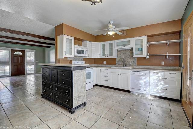 12800 N 113TH Avenue #5, Youngtown, AZ 85363 (MLS #6040429) :: Yost Realty Group at RE/MAX Casa Grande
