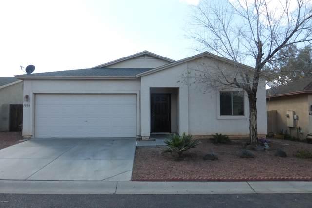 7208 S 8TH Street, Phoenix, AZ 85042 (MLS #6040962) :: The Kenny Klaus Team