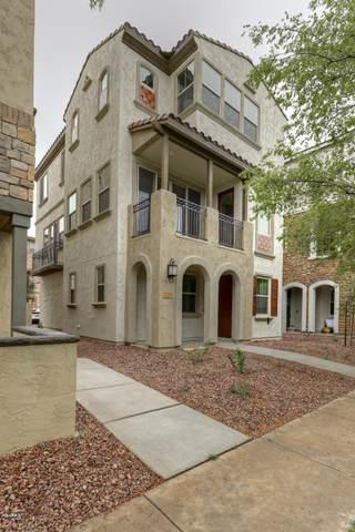 2739 S Balsam Drive, Gilbert, AZ 85295 (MLS #6045402) :: Klaus Team Real Estate Solutions