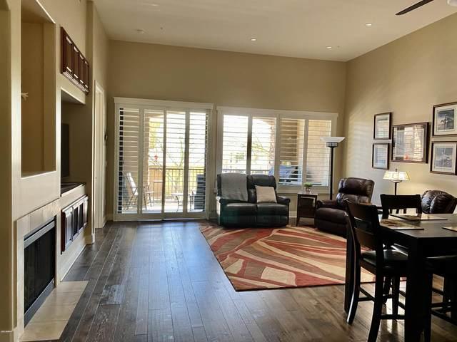 15550 S 5TH Avenue #113, Phoenix, AZ 85045 (MLS #6050754) :: Yost Realty Group at RE/MAX Casa Grande