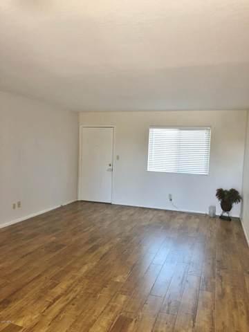 2220 W Dora Street #230, Mesa, AZ 85201 (MLS #6057302) :: Conway Real Estate