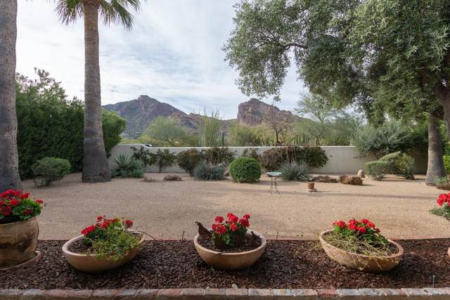 6412 N 52ND Place, Paradise Valley, AZ 85253 (MLS #6059593) :: Riddle Realty Group - Keller Williams Arizona Realty