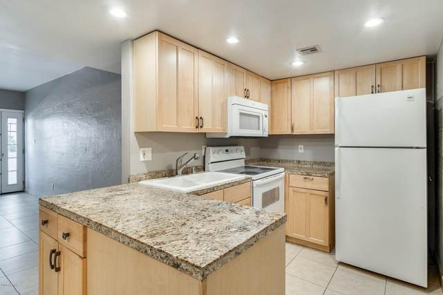 3416 N 44TH Street #23, Phoenix, AZ 85018 (MLS #6062079) :: Riddle Realty Group - Keller Williams Arizona Realty